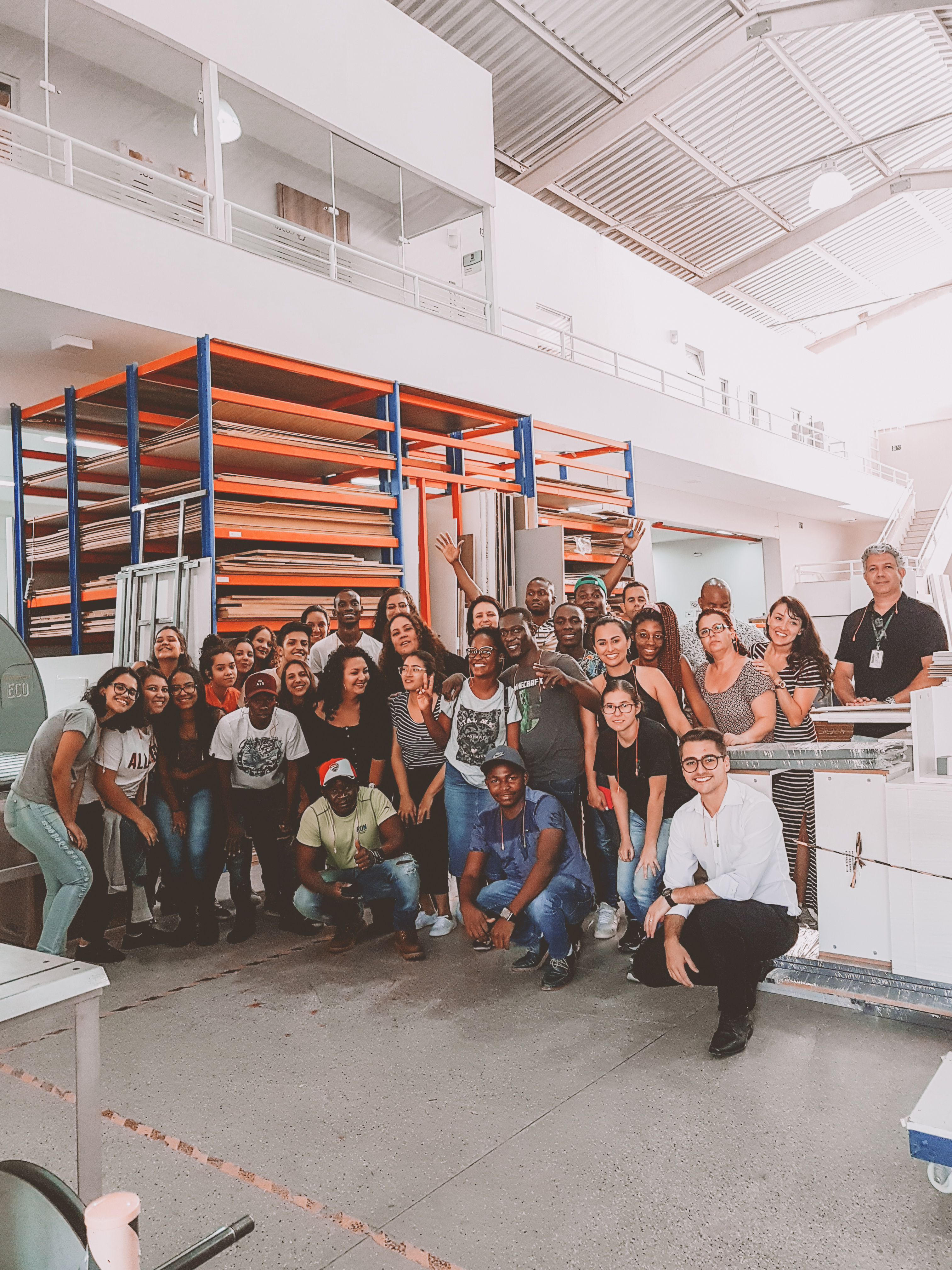Portal Jcr Ifsp Professores De Mocambique E Alunos Do Curso Tecnico Em Design De Interiores Realizam Visita Tecnica Em Fabrica De Moveis Planejados